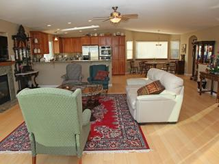 3 Bedroom House with Gorgeous Ocean Views - Morro Bay vacation rentals