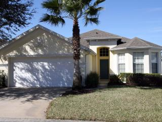 Luxury 4 bed / 3 bathroom villa close to Disney - Davenport vacation rentals
