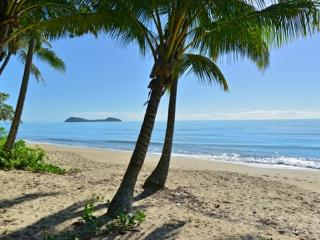 Argosy on the Beach - Jewel of the Cairns Beaches - Cairns District vacation rentals