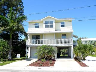 Bay View Villa - Holmes Beach vacation rentals