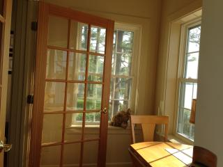 Entry way into cottage. - The Moxie Oceanfront Luxury Cottage