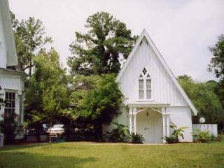 Rose Hill Mansion Guest Cottage - Bluffton vacation rentals