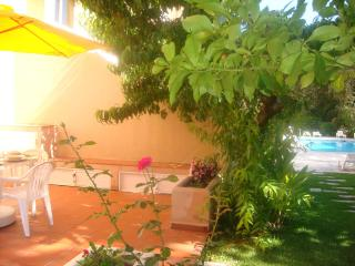 Cascais - Great Duplex in condo with swimming pool - Cascais vacation rentals