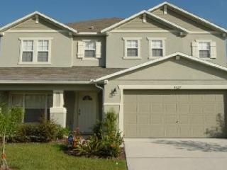 Luxury 5 Bed Home, Liberty Village near Disney - Kissimmee vacation rentals