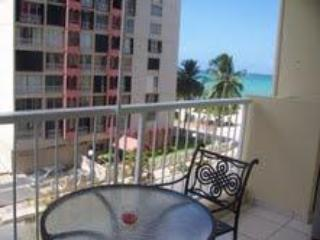 Balcony with view - Ocean View Studio  W/ Beach Acess in Isla Verde - Carolina - rentals