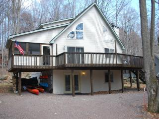 Beautiful, spacious but cozy chalet in the Hideout - Lake Ariel vacation rentals