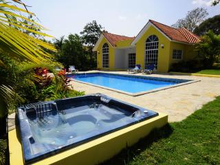 Complete privacy and a Jacuzzi!(48) - Sosua vacation rentals