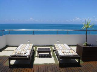 Penthouse, Fantastic Panoramic Seaview - in Barra! - Salvador vacation rentals