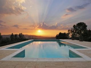 Casa del Tramonto (House of the Sunset) - Civitella in Val di Chiana vacation rentals