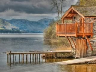 BOATHOUSE DUKE OF PORTLAND, Pooley Bridge, Nr Ullswater - Lake District vacation rentals