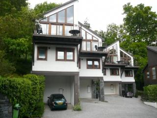 KESWICK BRIDGE 5, 3 Bedroomed, Keswick, August - Keswick vacation rentals
