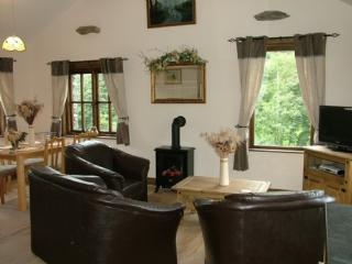 RIVER VIEW, Brockhole Farm, Tebay, South Lakes - Tebay vacation rentals