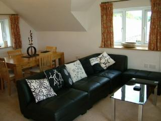 STRAWBERRY COTTAGE, Skelsmergh, Nr Kendal, South Lakes - Lake District vacation rentals