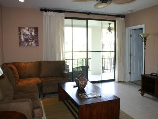 Luxurious 3BR/2BA Lifestyle Condo in Playas del Coco - Playas del Coco vacation rentals
