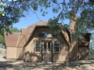 Yosemite Dome Home - Secluded, & scenic! - Yosemite Area vacation rentals