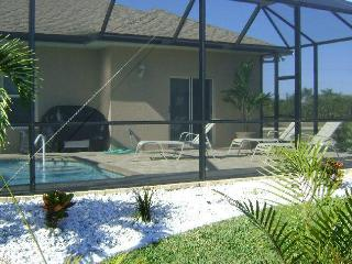 3 bedroom pool villa , large deck, luxury living - Cape Coral vacation rentals