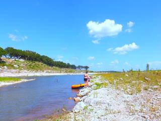 2 Homes, 3 acres, cove, pond, creek, private - Canyon Lake vacation rentals