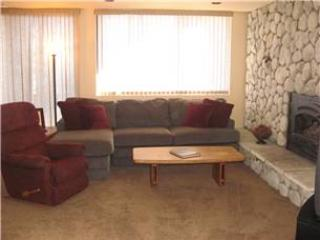 Picturesque Condo with 2 Bedroom/2 Bathroom in Mammoth Lakes (Bridges #206) - Mammoth Lakes vacation rentals