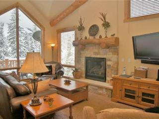 Antlers at Lakota 303 Three Bedroom Townhome - Winter Park vacation rentals