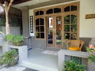 Angel Villa Mas Ubud with pool/ kitchen/garden - Ubud vacation rentals