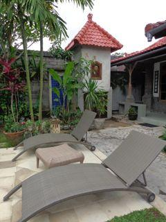 Relax by the pool @ Angel Villa - Angel Villa Bali
