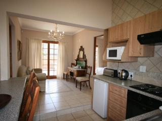 2 Bedroomed Self-catering , Fourways, Sandton, JHB - Fourways vacation rentals