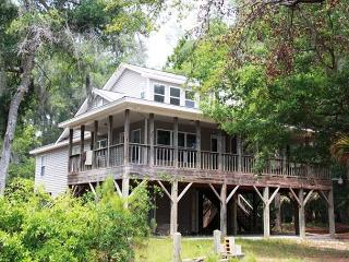 Hog Heaven - Wrap Around Porches and Private Dock On Deepwater - Edisto Island vacation rentals