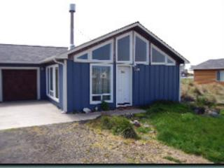 ACE Cabin Waldport Oregon vacation rental - Waldport vacation rentals
