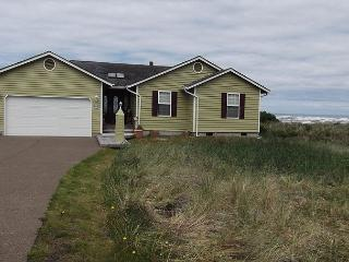 Beach Time R510 Waldport Oregon ocean front vacation rental - Waldport vacation rentals