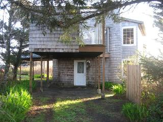 Dowd Unit--R258B           Waldport Oregon high bank vacation rental - Waldport vacation rentals