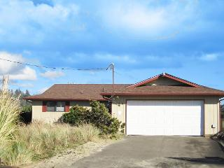 Jack's Place--R503 Waldport Oregon Bayfront vacation rental - Waldport vacation rentals