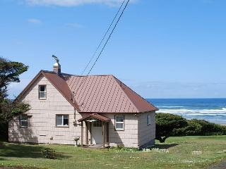 Seacrest--R411 Waldport Oregon Ocean front vacation rental. - Waldport vacation rentals