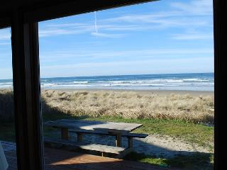 Waldport Oregon Ocean Front home in Sandpiper - Waldport vacation rentals