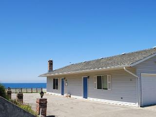 Yachats Oregon vacation rental with awesome ocean views - Waldport vacation rentals