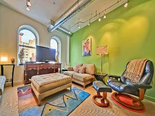 One Block to Convention Center! Walk to Monuments! - District of Columbia vacation rentals