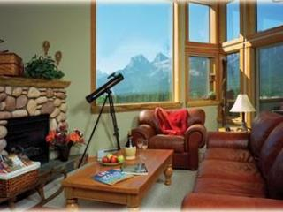 MountainViews, Downtown, Fireplace, Families, Wifi - Canadian Rockies vacation rentals