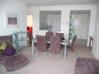 Luxury Stay in the East End of Adelaide - Adelaide vacation rentals