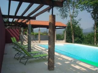 Yavanna - Idyllic Chill-Out Villa with Large Pool - Northern Portugal vacation rentals