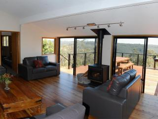 Blue Mountains Holiday House - Wentworth Falls vacation rentals