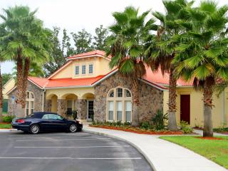 Spacious Disney Villa, 5 miles to Disney!!! - Kissimmee vacation rentals