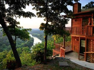 Can U Canoe Cabin 103 - The Fishing Moose - Eureka Springs vacation rentals