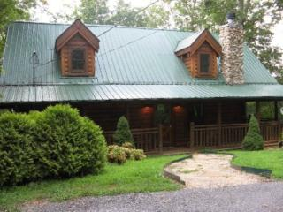 Bear Pleasures - Pigeon Forge vacation rentals
