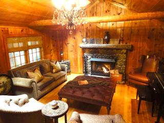 Enchanted Mt Hood Retreat *** Luxury Escape! - Welches vacation rentals