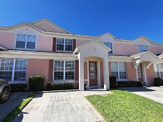 Celtic Palms - Splash Pool, WiFi & Conservation - Kissimmee vacation rentals