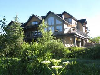 Diamond Willow Artisan Retreat - Alberta vacation rentals