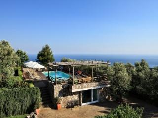 Le Capannelle - Tosca nr.3 - Massa Lubrense vacation rentals