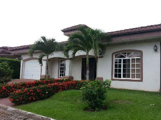 EcoVida Casa Blanca at Playa Bejuco -Costa del Sol - Esterillos vacation rentals