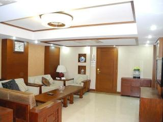 Luxury  4 bedrooms@ Prince Eward - Hong Kong vacation rentals