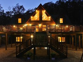 Absolute Perfect Escape - VA Luxury Cabins - Luray vacation rentals