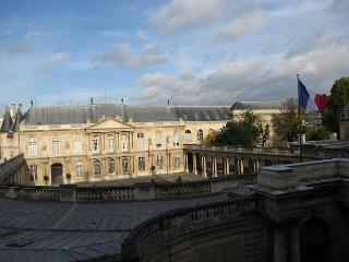 DISCOUNT for LAST MIN: AMAZING VIEW, 2BR, le marais - Paris vacation rentals